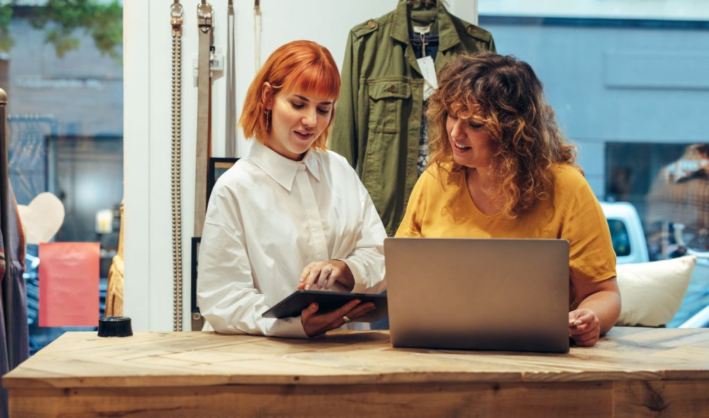 digital devices used in retail training